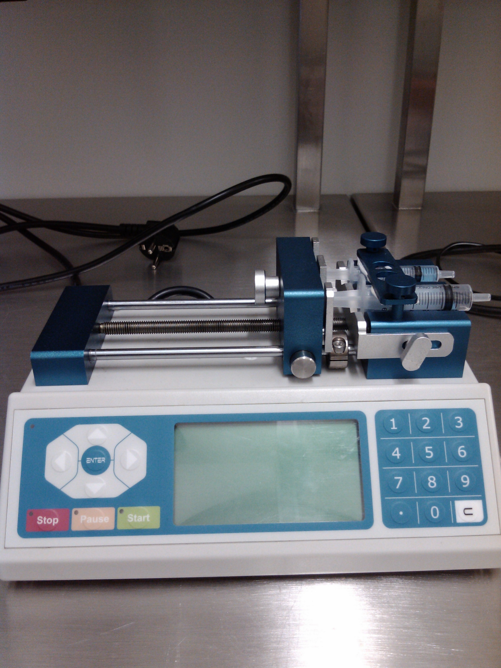 Picture of Dispencer Chemyx Micro Syringe pump 1