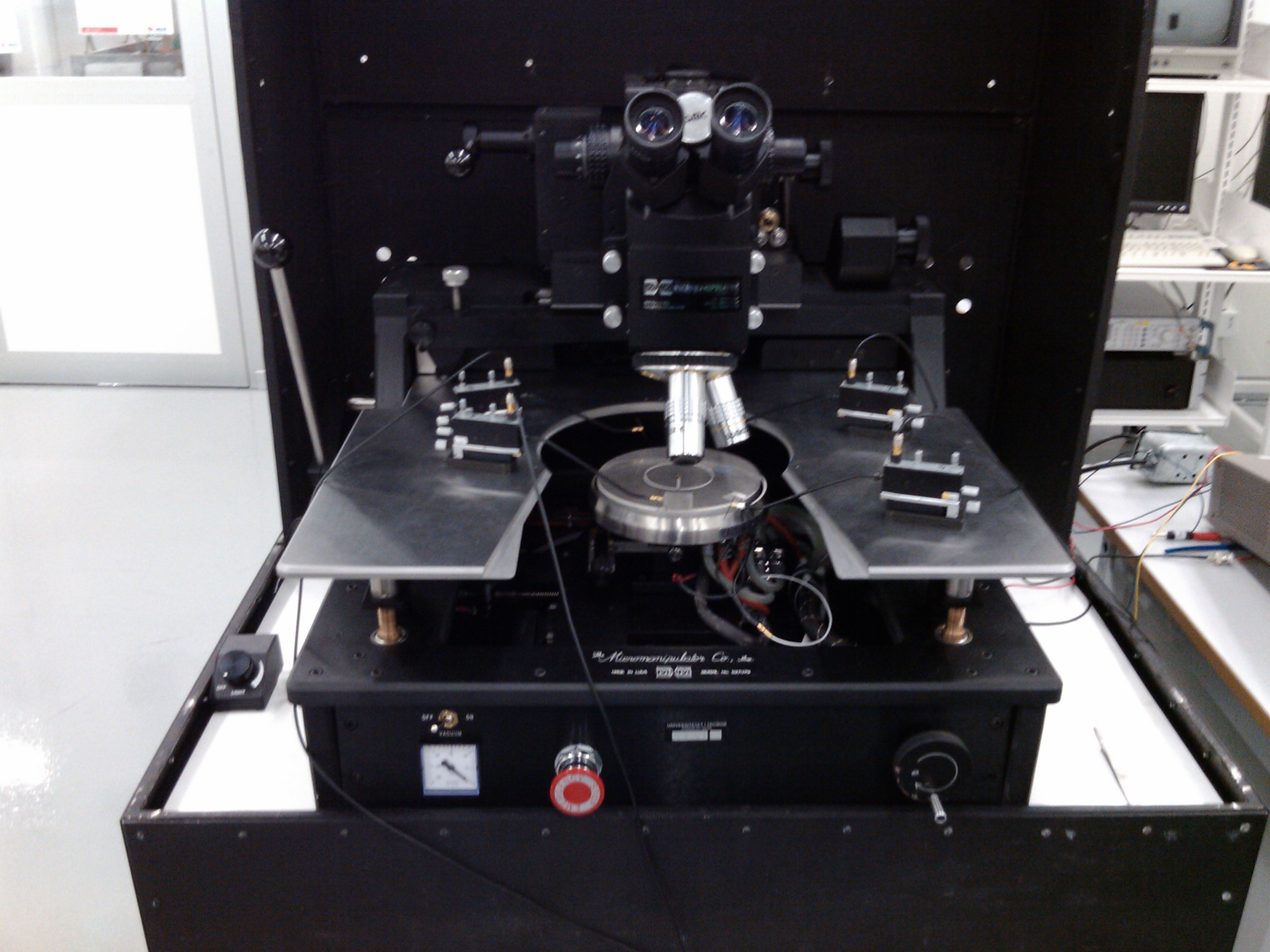 Picture of Probe station RF