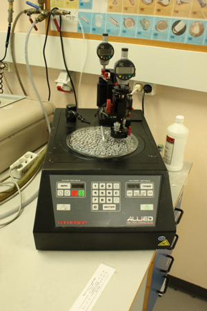 Picture of MultiPrep system for grinding/polishing Allied
